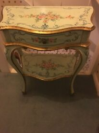 Very pretty antique French side table