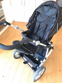 Britax Vigour 3+ buggy with car seat and isofix base