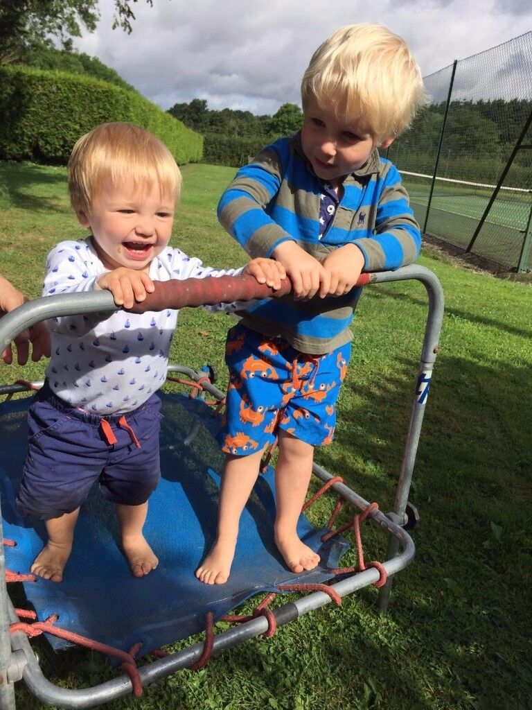 Fulham based British Family - LIVE IN NANNY / MOTHERS HELP / AU PAIR for two little boys