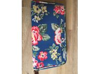 Cath kidston purse , immaculate