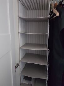 Wardrobe accessorises shelf