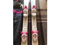 Skis used for 1 holiday