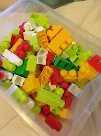Kids Play Blocks