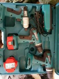 Makita 14.4v drill and impact driver kit