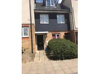 4 bed downsize in to 2 bed