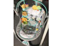 Taggies unisex Baby swing -like new