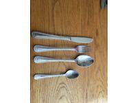 32 piece cutlery set