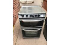 Gas cooker and come with free kitchen cabinets and door
