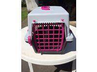 Medium size cat carrier