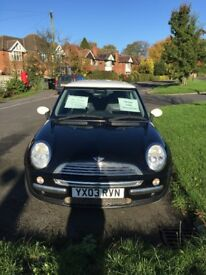 Mini Cooper 1.6 Petrol 3 door - Black with Chili Pack, MOT until May 2018