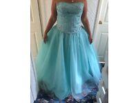 Mori Lee Prom Dress size 18
