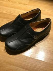 Clarks Women's Shoes Size 7