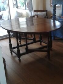 Antique Mid 18th Century Solid Oak Gateleg Dining Room Table - seats 6-8