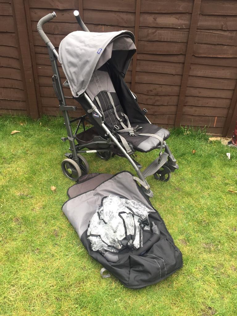 Chicco pushchair with raincover and footmuff