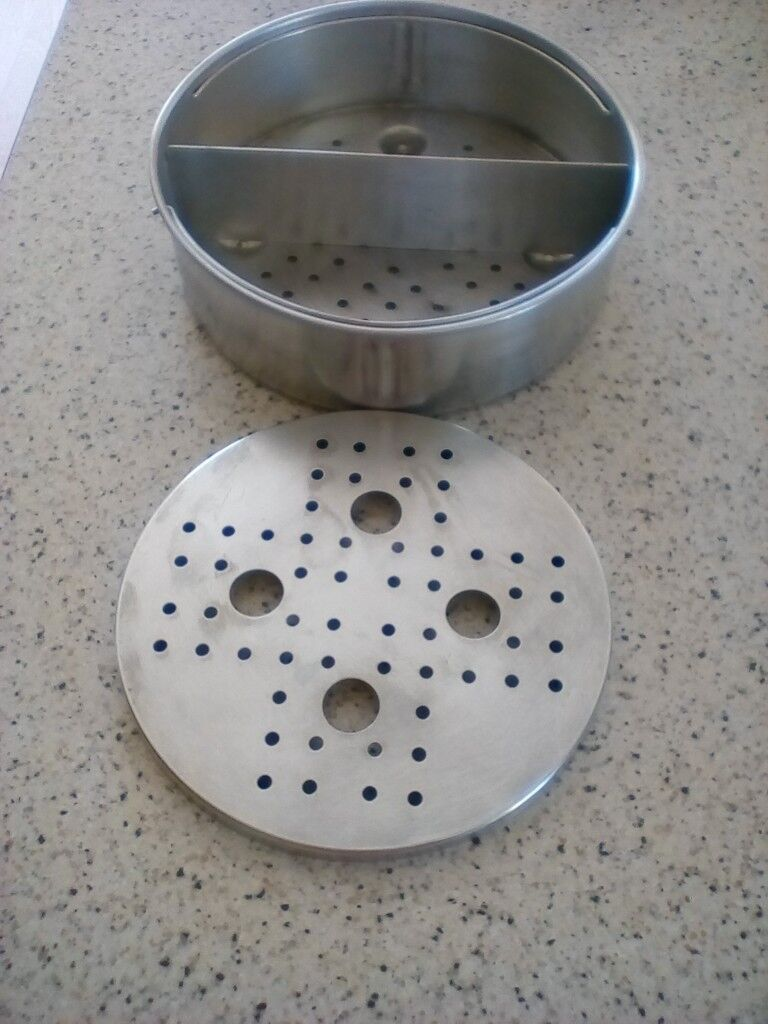 pressure cooker basket with divider and also a trivet in weymouth