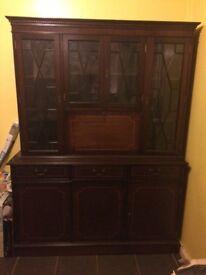 Great condition dark wood dresser