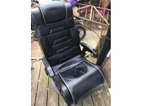 X rocker gaming chair for PS4/Xbox speakers aux no wires