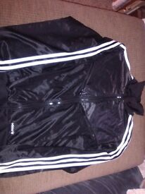 Adidas track top size M