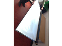 Screen for projection, Cee Screen