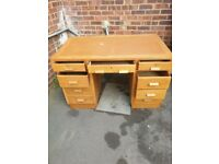 A VINTAGE/ANTIQUE MID-CENTURY TEAK PEDESTALL DESK IN NICE PRE-LOVED CONDITION FREE DELIVERY
