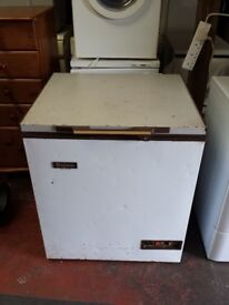 750mm wide chest freezer
