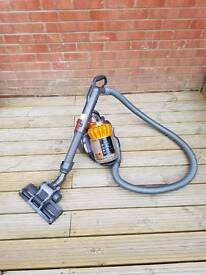 Dyson dc22 vacuum cleaner hoover
