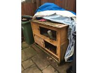 Rabbit hutch needing some repairs free to collector