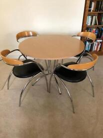 ****SORRY ITEM IS NOW SOLD**** Italian made table and 4 stackable chairs