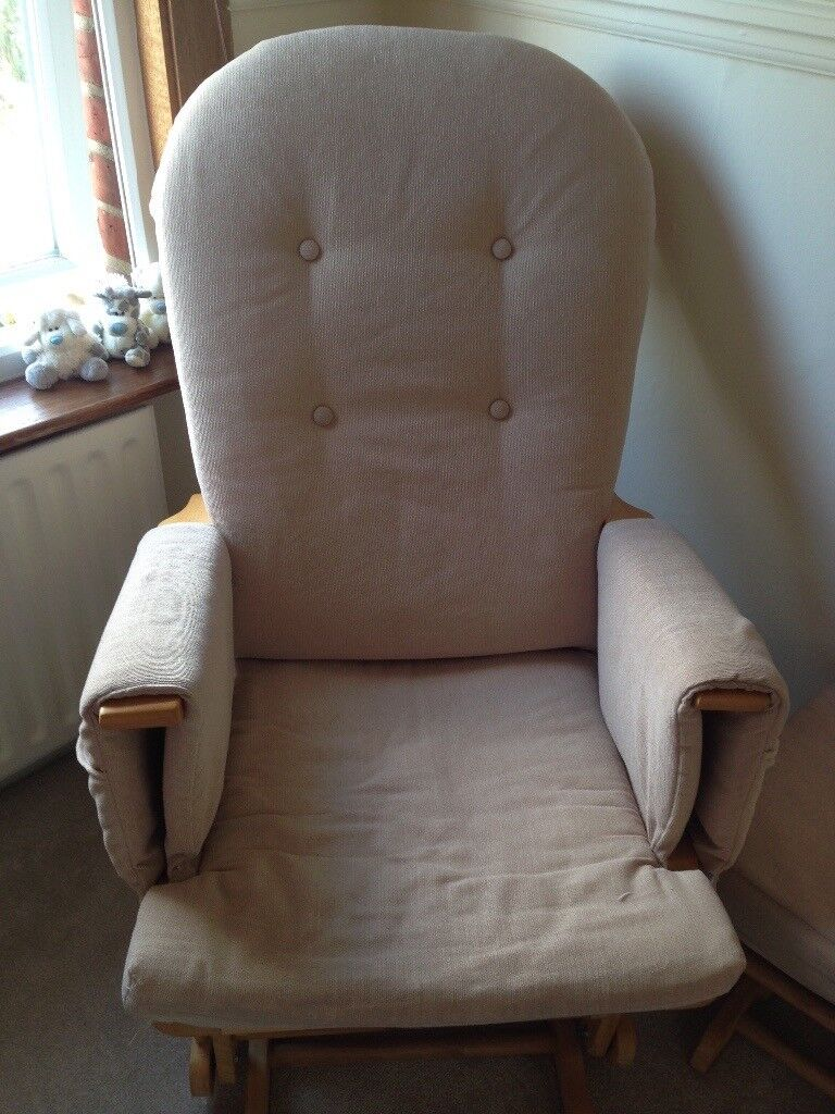 Sliding chair with foot rest