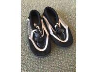 Kids Aqua/Beach shoes size 7