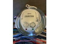 Kitchen goods - unused halogen oven and mini George Foreman grill