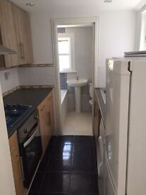 Excellent Newly Refurbished 4 bed House by Upton Park Tube! Private Direct with Owner