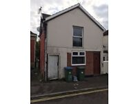 1 Bed House in Portswood G/W Included **Available Now**