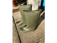 Green wellies size 7.5