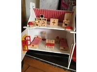 Charming Dolls House/cottage