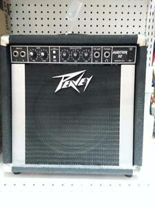 Peavy Guitar Combo Amp. We sell used amps. (#39549)