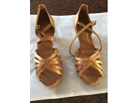 LADIES GOLD SALSA DANCE SHOES SIZE 4 to 4 1/2