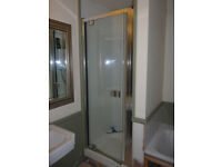 Shower door for 800mm (or 762mm) shower tray