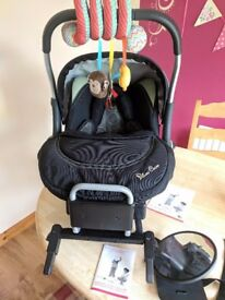Silvercross carseat and isofix base