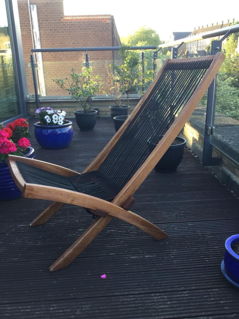 2 outdoor deck chairs in hardwood foldable as new very comfortable camden