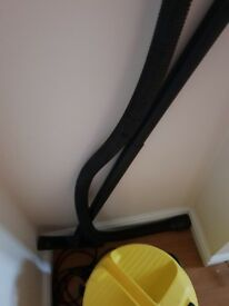 Karcher WD2 wet and dry vac