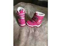 Girls size 4 c4 shoes/boots peppa pig clarks wellies snow boots