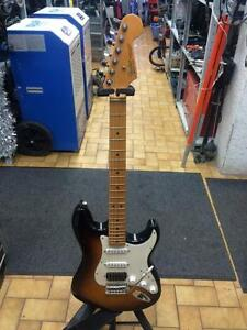 SUPER GUITARE FENDER STRATOCASTER MEXICAINE SEULEMENT 299.95$