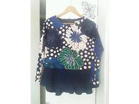 H&M size 8 blue floral top