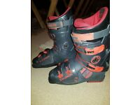Salomon Equipe Integral 8.0 Ski boots UK 9.5 / Mondo 28.5