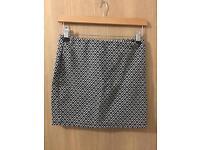 Black and white patterned skirt *primark* size 8/10 uk