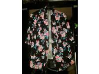 Flowered blazer size 20