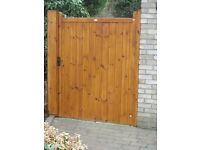 Wood Side Gate *NEW* 1695 high x 950 wide VERY HIGH QUALITY REDWOOD