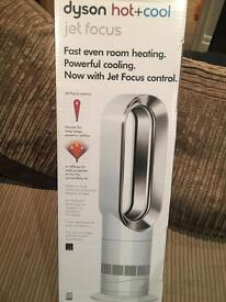 Brand new Dyson Hot + Cold Fan Heater AM09 White Silver £100 off RRP