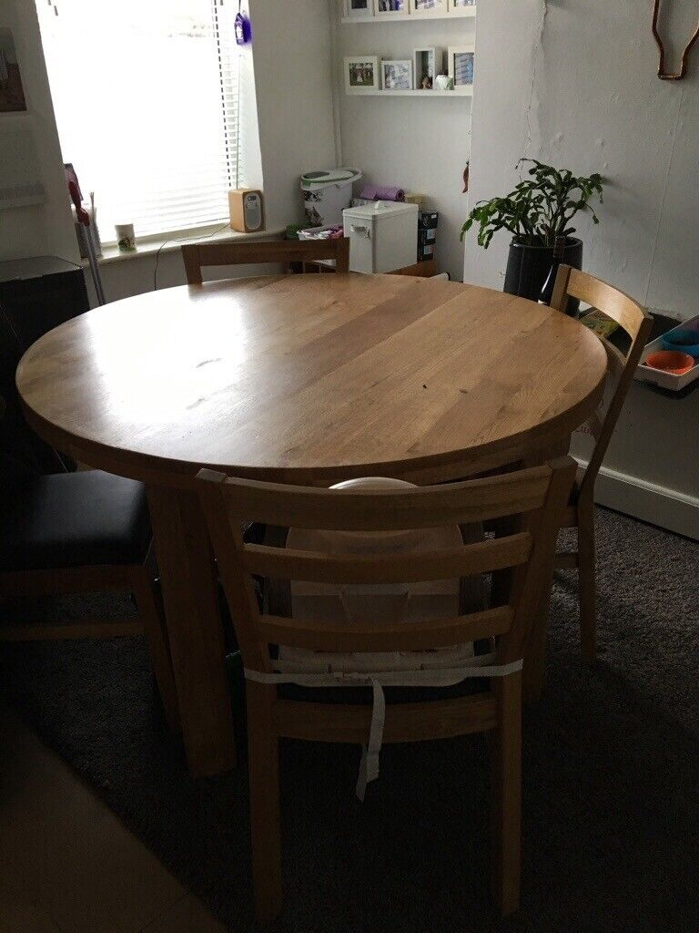 Round Table Lincoln.Lovely Raspberry Village Oak Dining Table 120 Cms Across In Lincoln Lincolnshire Gumtree